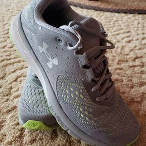 Under Armour 9.5 Charged Athletic Shoes